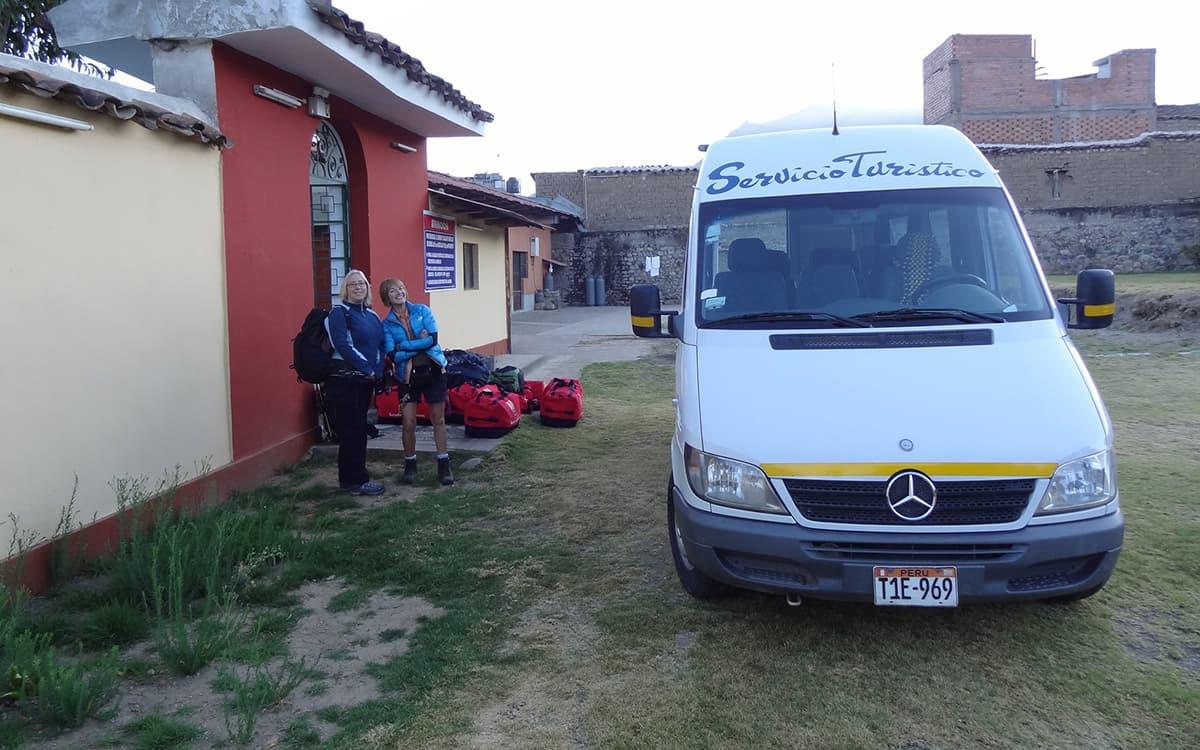 Tour-Machu-Picchu-by-Car
