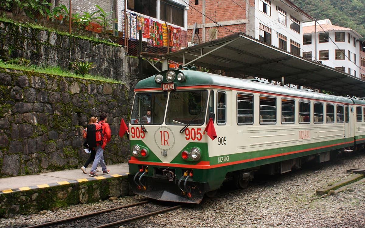 Inca-Rail-Train-to-Machu-Picchu